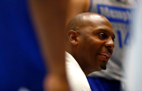 Memphis Tigers Head Coach Penny Hardaway talks to his team during a timeut in their game against the Bahamas National Team at the Grand Hyatt Baha Mar's New Providence Ballroom on Saturday, August 17, 2019.