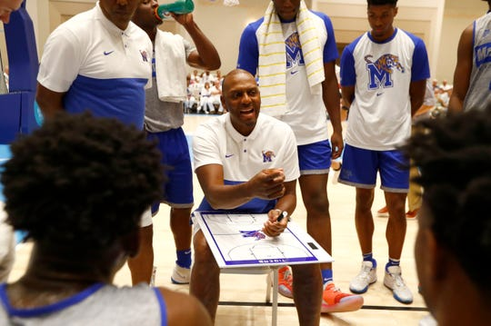 Memphis coach Penny Hardaway talks to his team during an exhibition game against the Bahamas National Team last month.