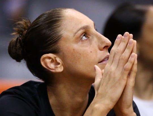 Could Diana Taurasi play in the NBA? Kobe Bryant said he thinks she can.