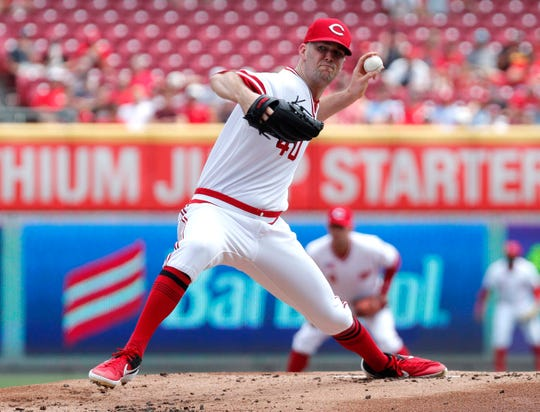 Aug 18, 2019; Cincinnati, OH, USA; Cincinnati Reds starting pitcher Alex Wood (40) throws against the St. Louis Cardinals during the first inning at Great American Ball Park.