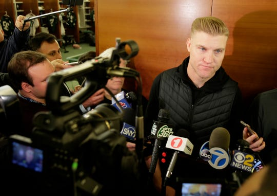 Josh McCown, 40, has ended his brief retirement to sign with the Eagles.