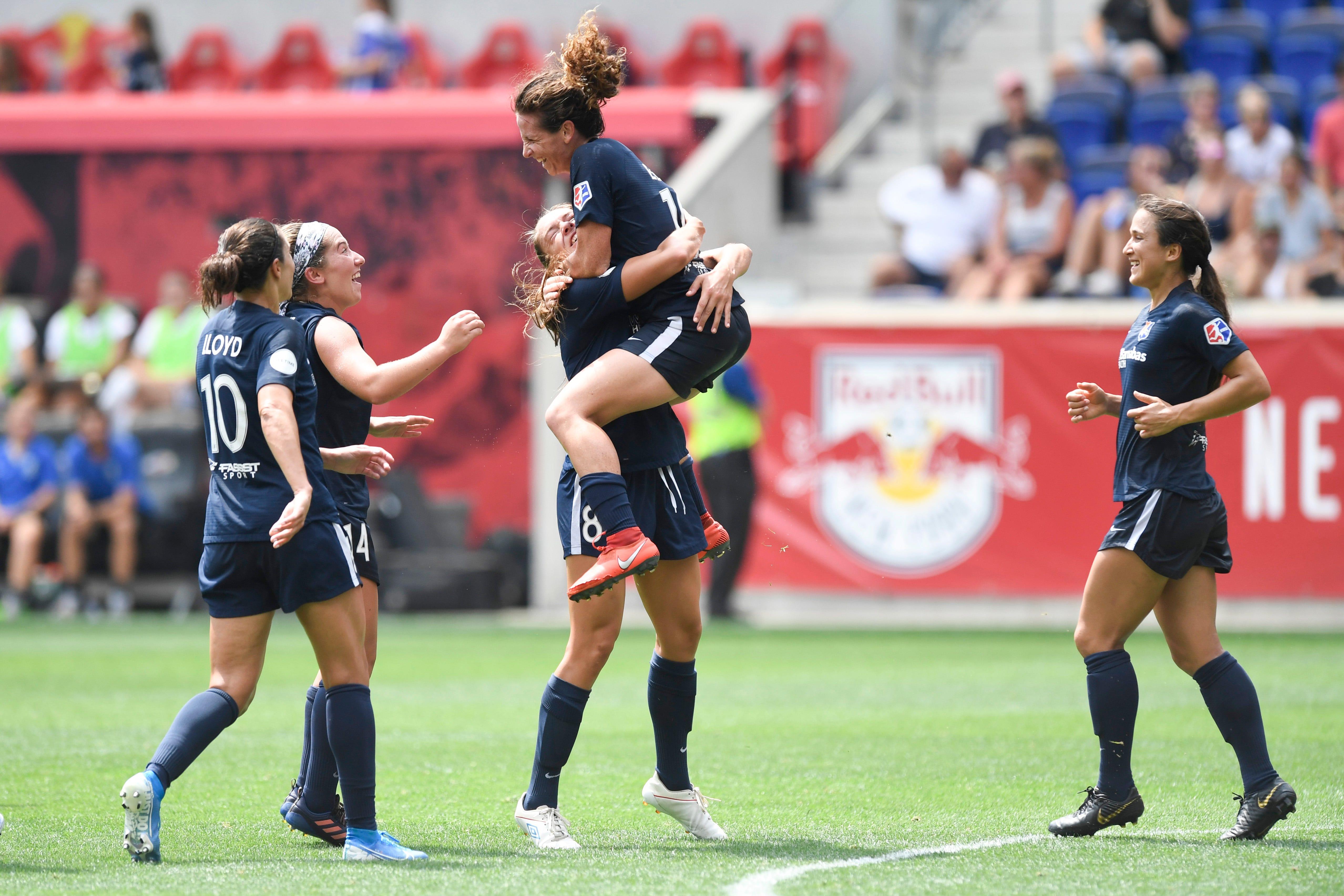 Girl power, women's soccer light up Red Bull Arena