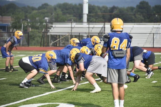 Waynesboro football seeks a fourth-straight District playoff berth under new head coach Josh Sprenkle