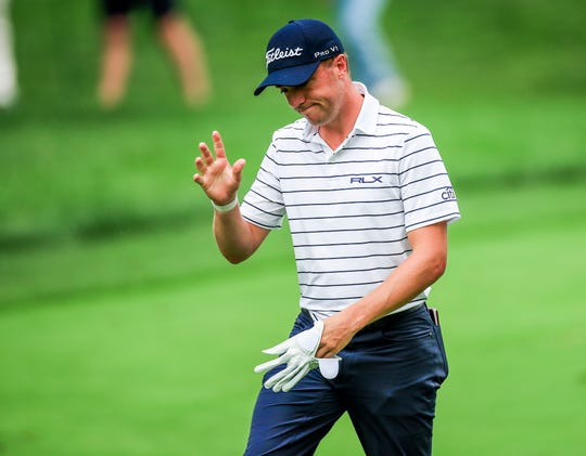 Justin Thomas eagles 16th hole from 180 feet on way to course-record 61 at BMW Championship