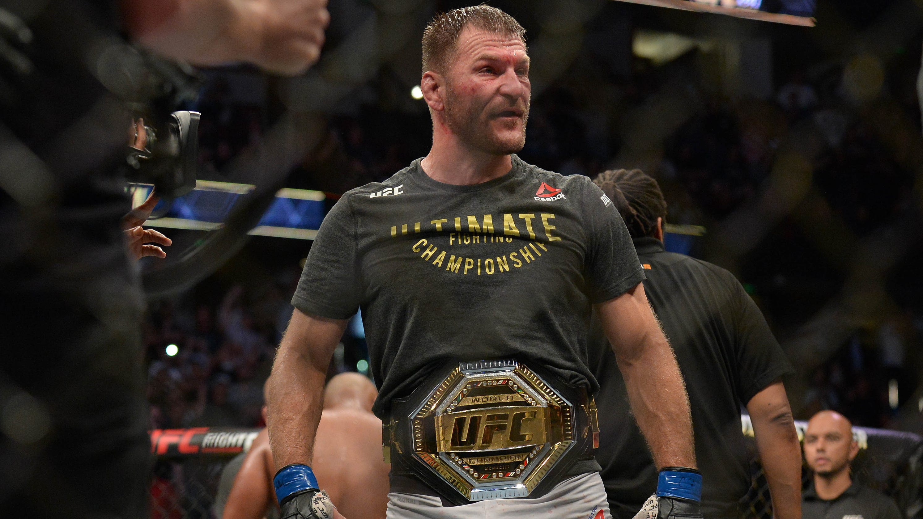 UFC 241: Stipe Miocic stops Daniel Cormier in rematch to take title