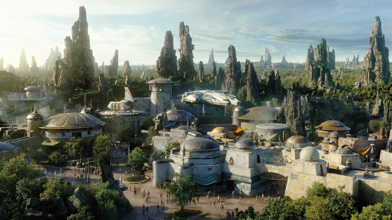 Star Wars Land at Disney in Orlando: Travel to a galaxy far