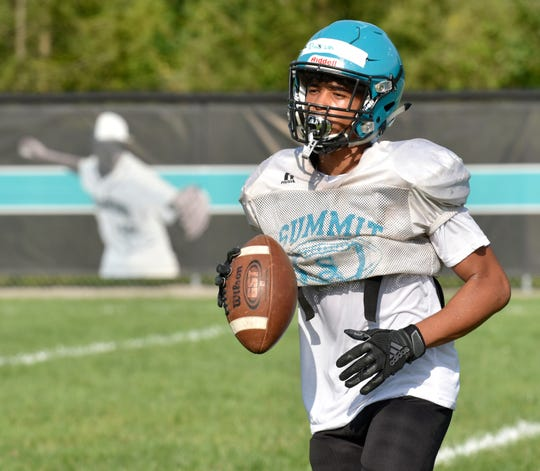 Daeon Johnson, a wide receiver, is one of seven seniors starting on offense for Romulus Summit.