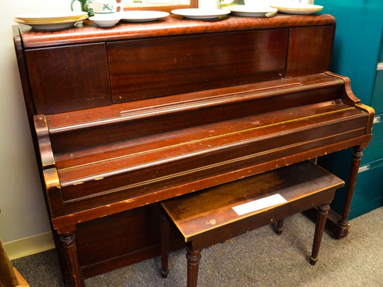 After Boggs' death, his niece, Rosann Graves, donated his personal piano to the Ottawa County Museum, where it is currently on display.