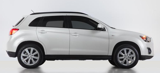 East Lampeter Township Police are looking for a white / light colored 2013-2015 Mitsubishi ASX Outlander Sport SUV they say was involved in a hit-and-run crash with a horse-and-buggy on Monday at 12:07 a.m. in the 1700 block of Lincoln Highway East.