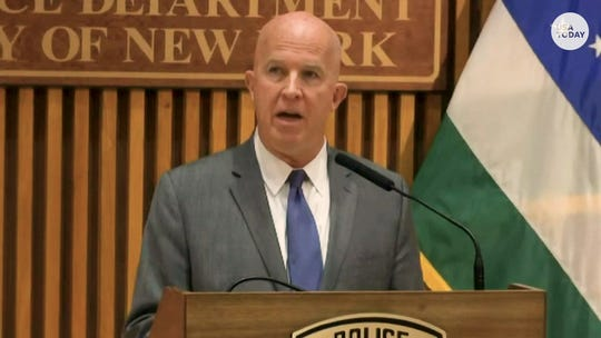 NYPD union chief: Commissioner 'cringing in fear' by firing officer in Eric Garner death