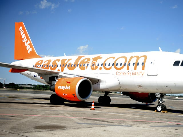 Off-duty EasyJet pilot saves the day by filling in for