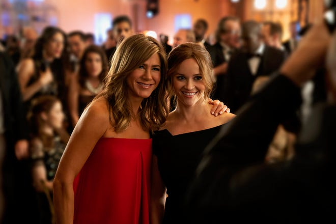 """Jennifer Aniston and Reese Withershpoon in """"The Morning Show."""""""