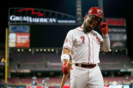 Trevor Bauer strikes out 11; Cincinnati Reds' mistakes add up in loss to San Diego Padres