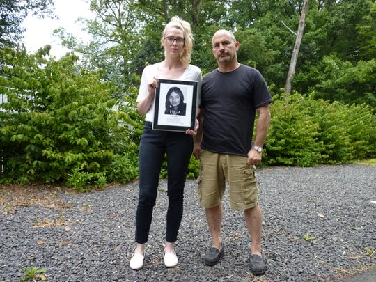 Edward Salzano, right, and Holly Zuelle, who together run the Justice for Jeannette DePalma Facebook page.