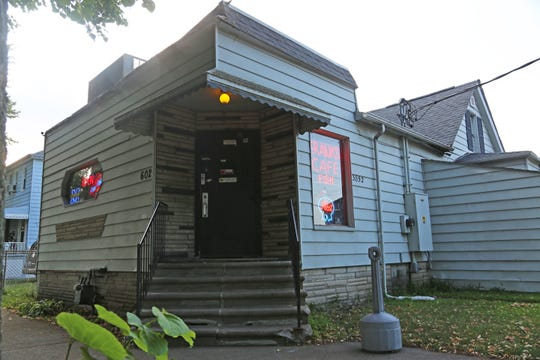 Frank's Cafe in Wyandotte was originally built as a farm house shortly after the Civil War. It has been operating as a licensed bar since at least 1935, though it was a blind pig during Prohibition.