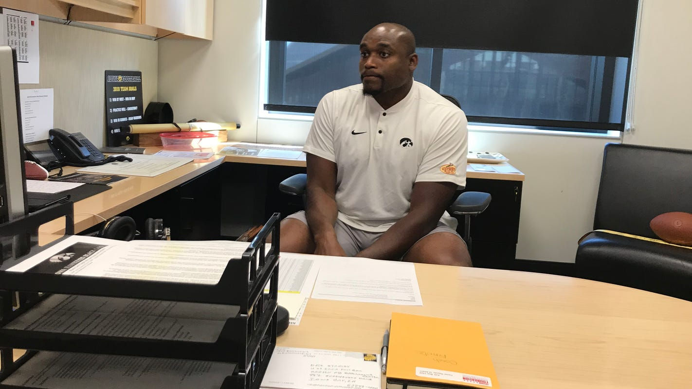 Broderick Binns draws on his playing days to help young Hawkeyes adjust to college life