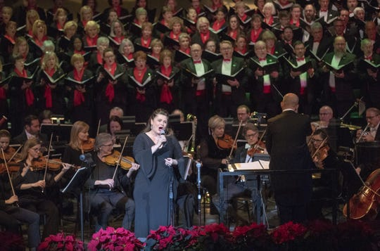 Michele McConnell will sing on the Indianapolis Symphonic Choir's Festival of Carols for a second year.