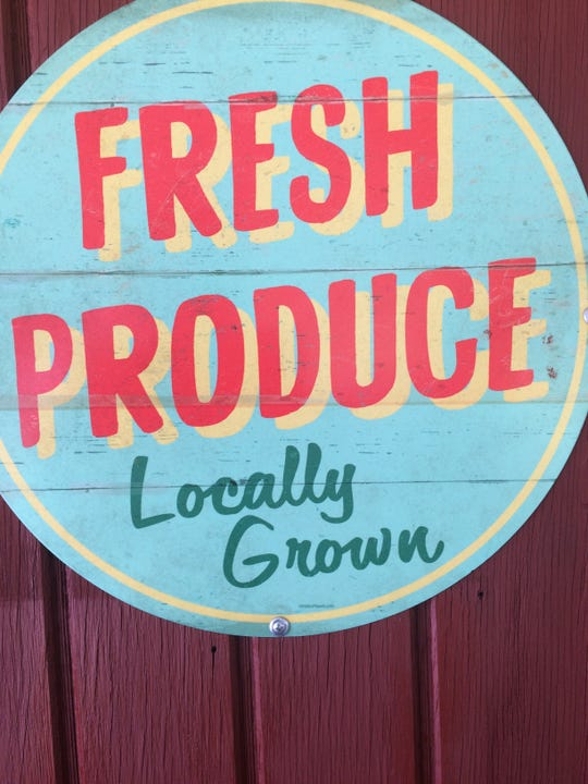 Deena Monday's fresh produce sign.