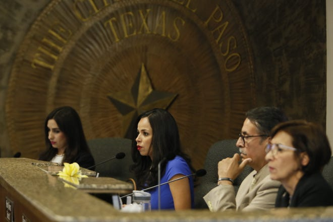 The El Paso City Council voted in favor of overriding Mayor Dee Margo's veto of the 2020 fiscal year budget in a 6-2 vote.