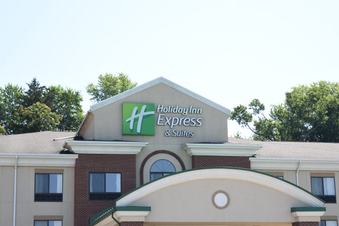 Holiday Inn Express in Zanesville will be undergoing significant renovations on the interior and exterior this fall.