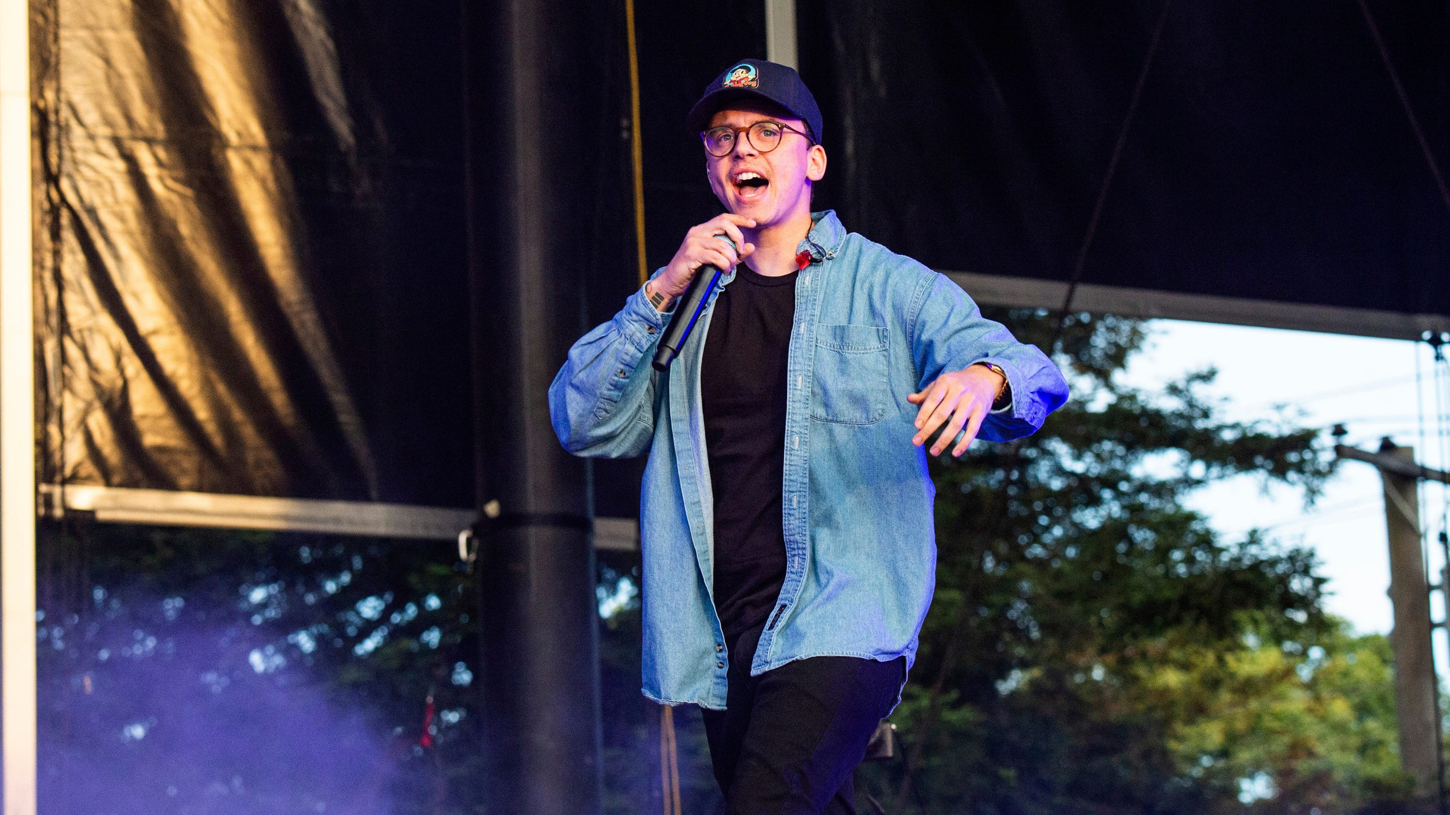 Rapper Logic Says I M Having A Little Baby In No Pressure Video