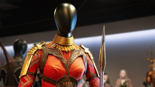 Oscars 2019 nominated costumes were shown in augmented reality.