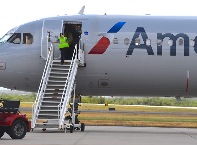 An American Airlines Airbus A321 airliner going from Los Angeles to New York City was forced to land at Abilene Regional Airport Wednesday following a report of smoke in the cockpit. All passengers exited safely.