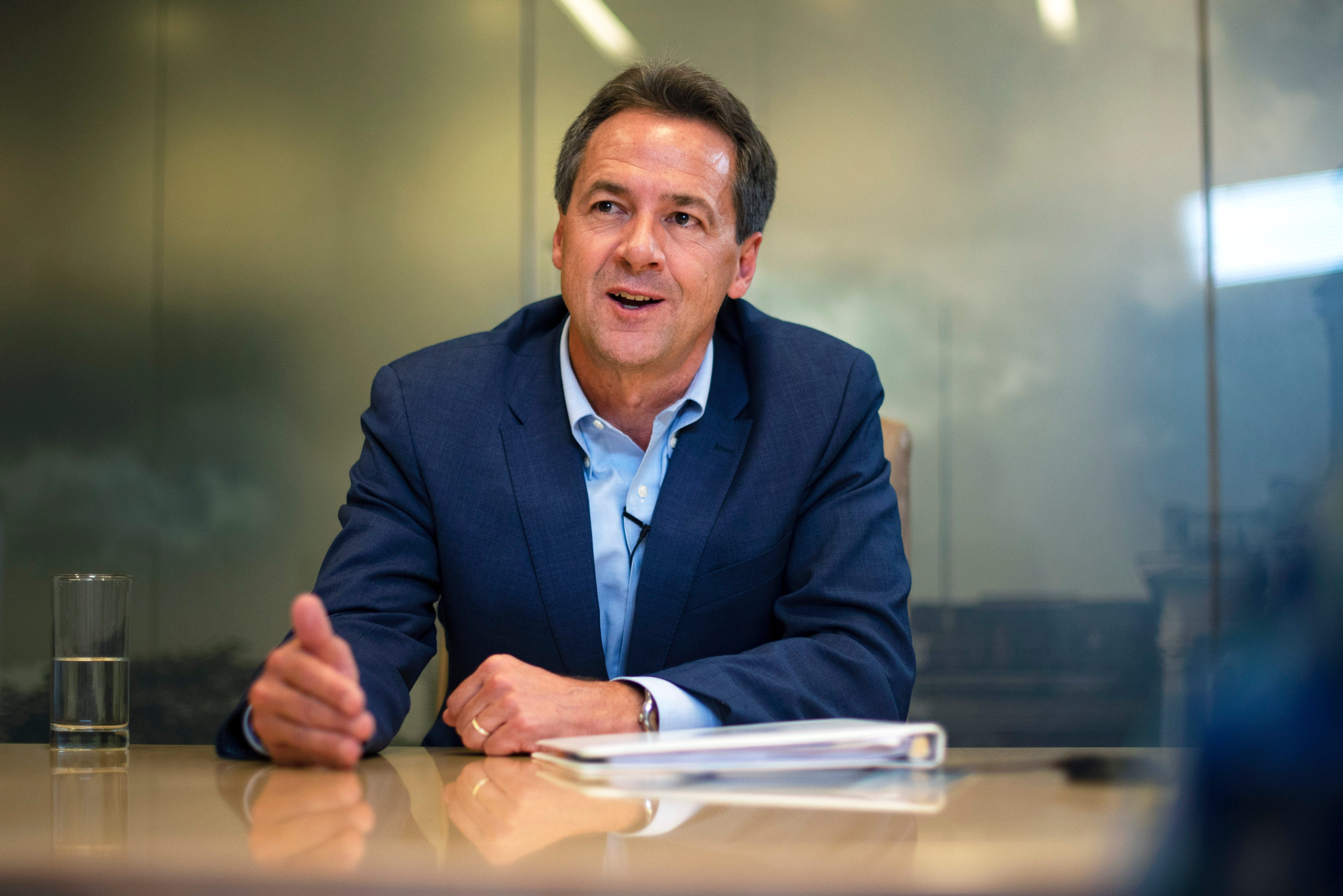 Photos: Steve Bullock meets with the Register's editorial board