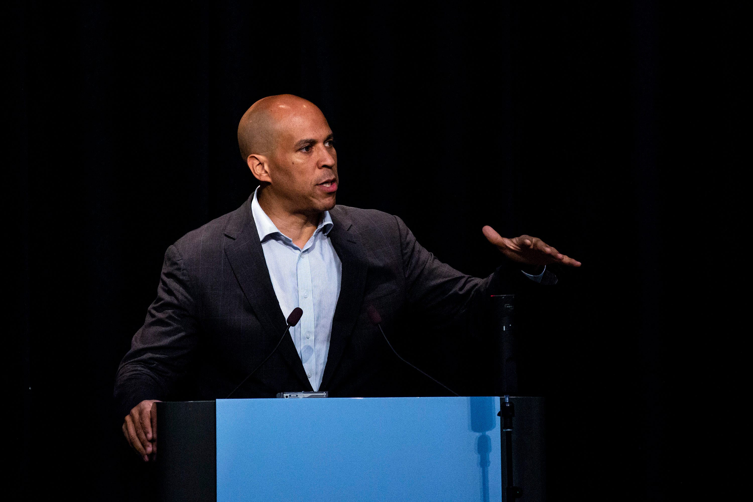 Full speech: Cory Booker at Iowa labor convention