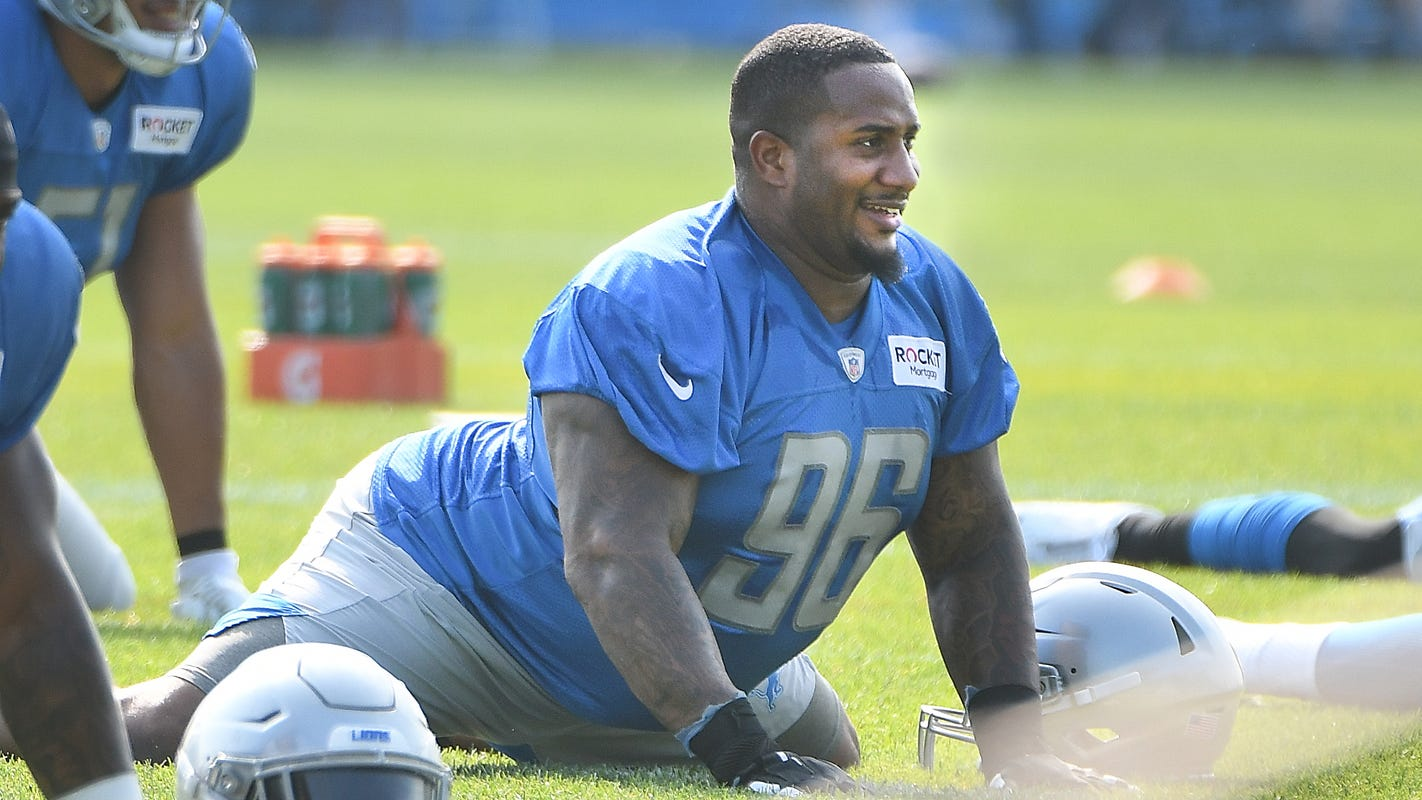 Teamed with old friend, Daniels ready to lead Lions defensive line