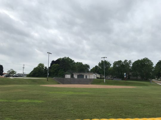 Sturgeon Bay Common Council voted Tuesday to sell the West Side Ballfield to Northpointe Development, who propose building a 40-unit affordable housing complex in the neighboring school.