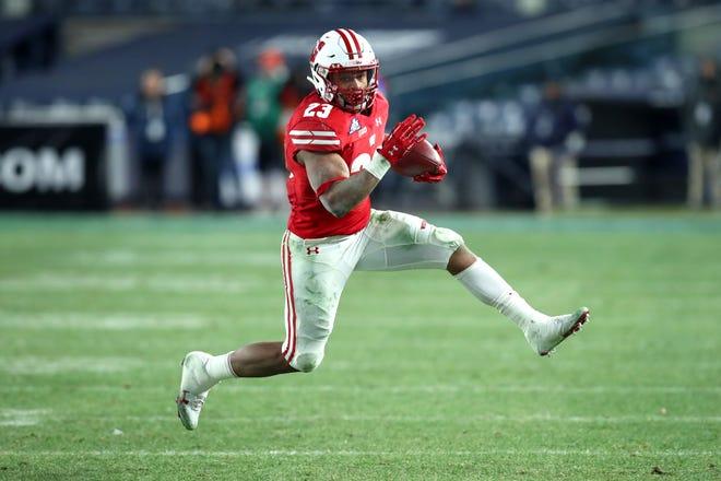 Wisconsin running back Jonathan Taylor (23)