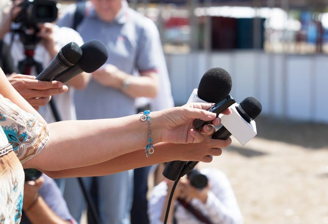 Commentary: It's time for journalists to tell more complex truths. (Dreamstime/TNS)