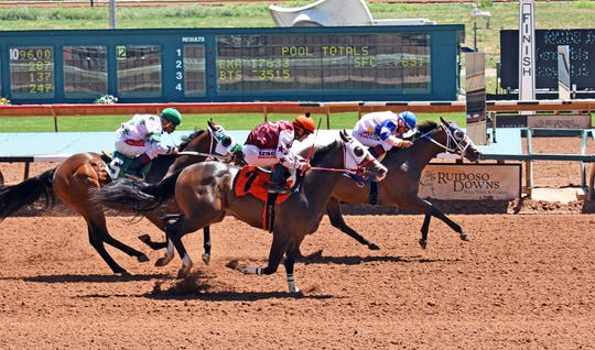 Gonna B Famous won his trial to qualify for the All American Futurity on Labor Day in Ruidoso.