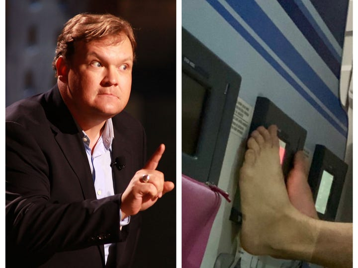 Andy Richter was not pleased with his plane neighbor's feet.