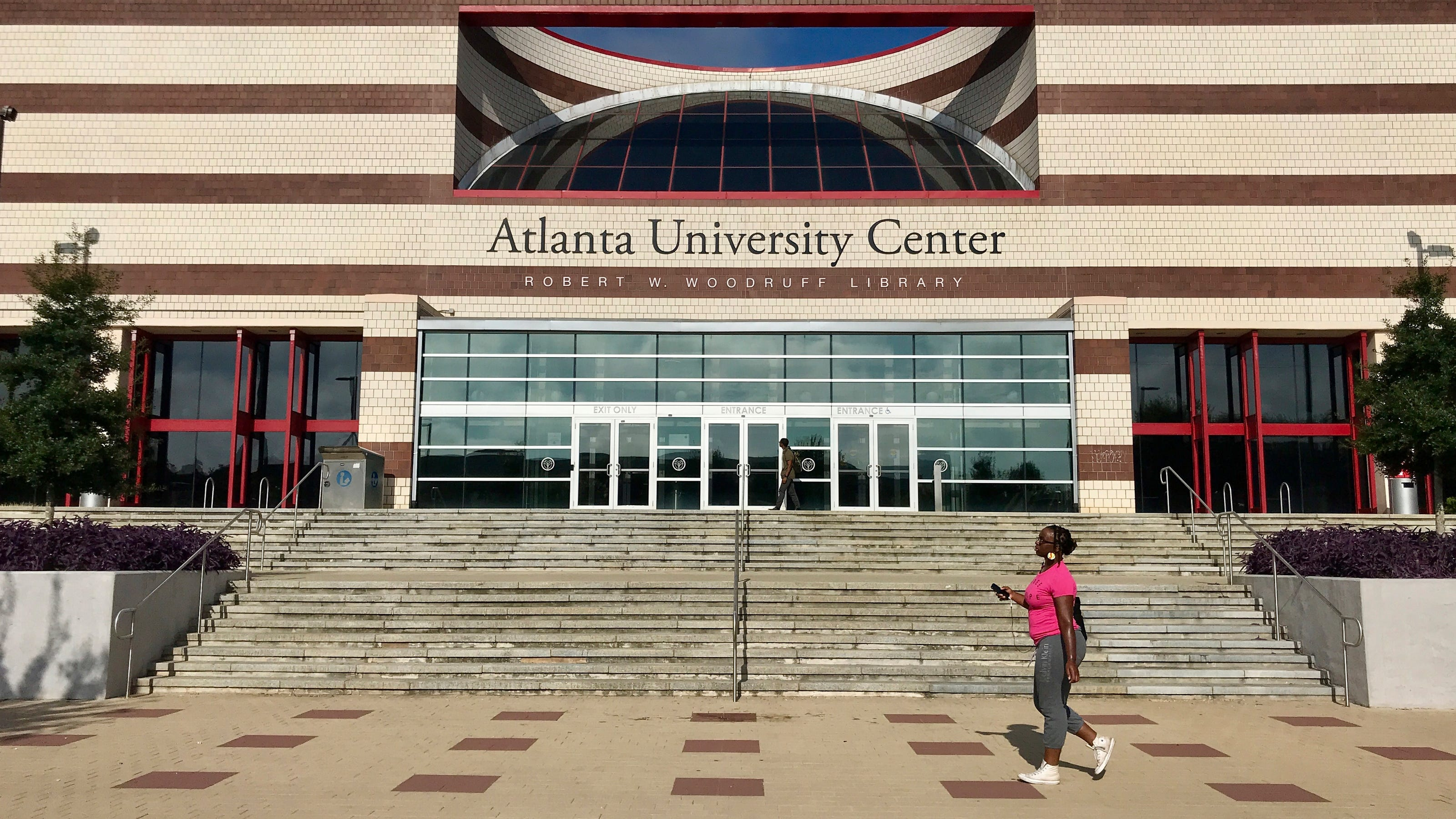 Atlanta University Center >> Clark Atlanta University Shooting 4 Shot 2 From Spelman