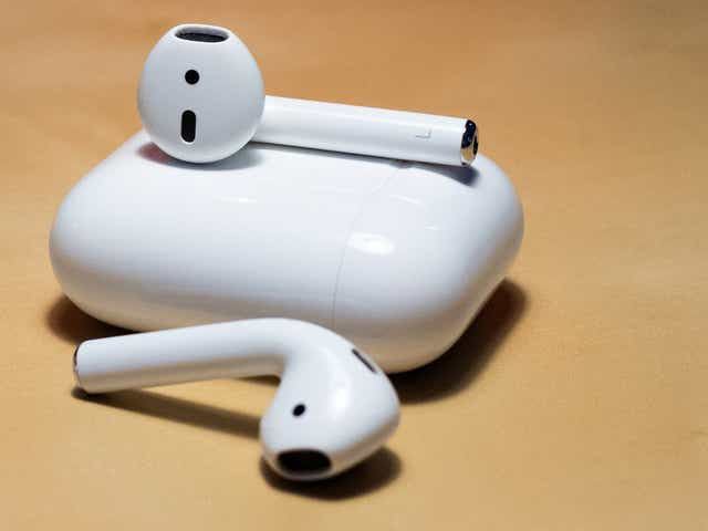 Apple Early Black Friday Sale Get The Series 2 Airpods For A Super Low Price