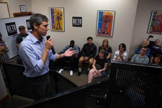 Democratic candidate Beto O'Rourke visits with supporters before appearing at the Civic Education Block Party on August 21, 2019 in Des Moines.