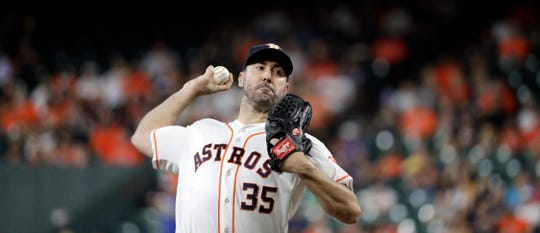 Justin Verlander pitches against the Detroit Tigers on Wednesday night.