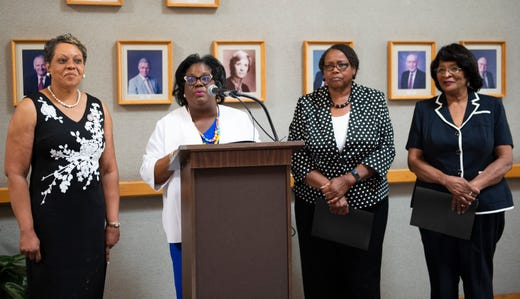 State legislators recognize black women's equal pay day, push for equal pay law