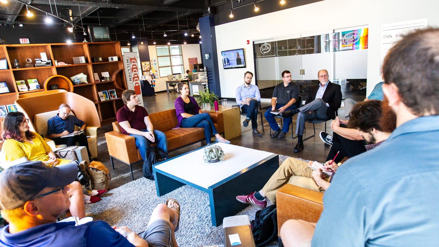 MERGE entrepreneurs talk challenges with Iowa delegation