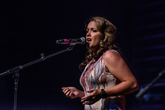 Prattville's singing cowgirl Jessie Lynn will sing the National Anthem at The Amp at Lake Martin for the Fourth of July.