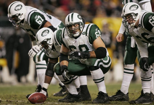 Center Kevin Mawae #68 of the New York Jets calls out assignments against the Pittsburgh Steelers in an AFC divisional game at Heinz Field on January 15, 2005 in Pittsburgh, Pennsylvania. The Steelers defeated the Jets 20-17 to advance to the AFC championship game.