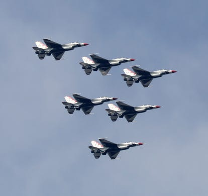 New York International Air Show this weekend in New Windsor