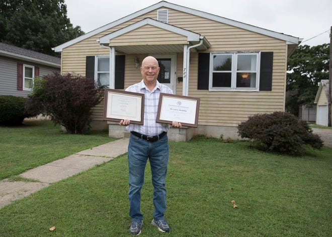 After almost 40 years, Chillicothe resident Larry McKillip received his associate degree along with a certificate recognizing him as an adopted alumnus from the University of Louisville in Kentucky. McKillip left school in 1977 to help take care of his mother who had been diagnosed with cancer at the time.