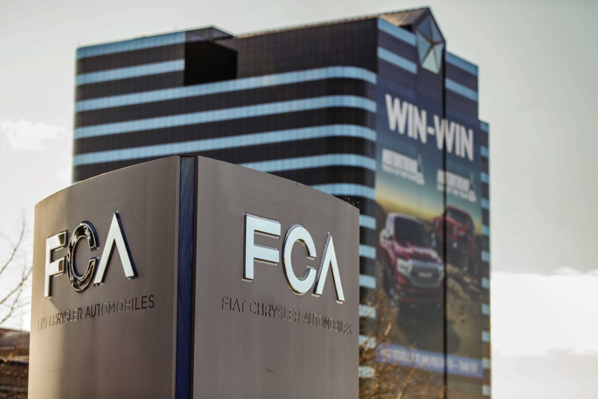 Fiat Chrysler to pay $40 million to settle SEC charges that it misled investors