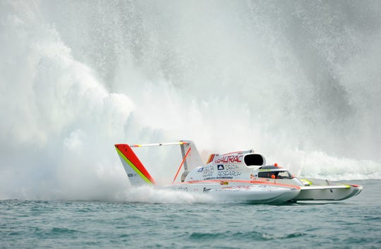 Andrew Tate won the Gold Cup on the Detroit River last year.