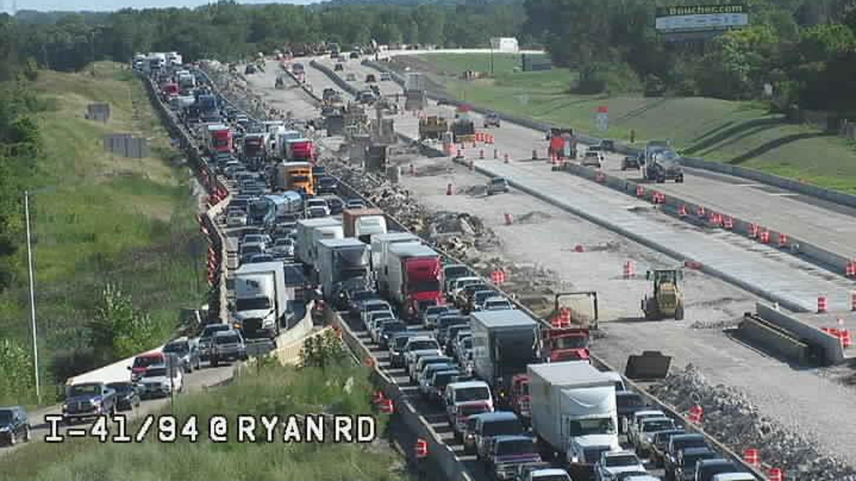 Milwaukee traffic: Delays, backups after crashes on I-41/894