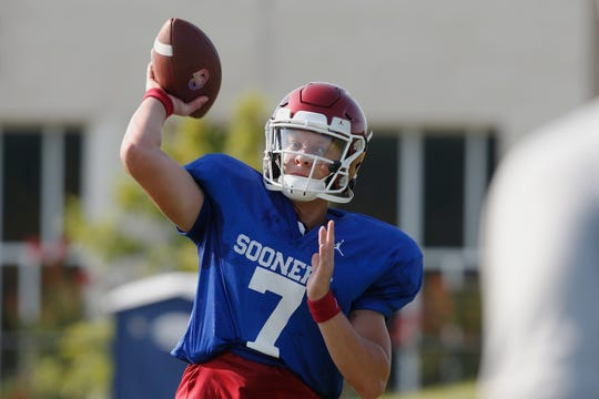 Oklahoma quarterback Spencer Rattler (7) turned heads during the Sooners' quarterback competition.