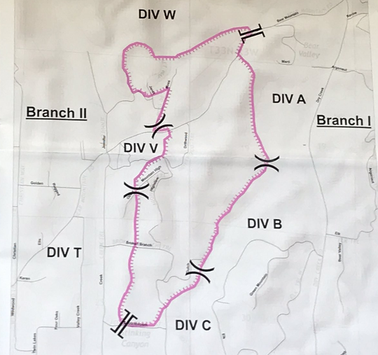 Perimeter map shows boundaries of the 600-acre Mountain Fire as of Friday morning.